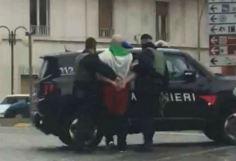 luca_traini_macerata_sparatoria_arresto_carabinieri_twitter_2018_thumb660x453
